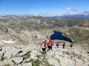 Wanderung durch den Nationalpark Aigüestortes, Pyrenäen, Spanien